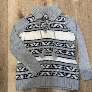 Bass knit pull over sweater